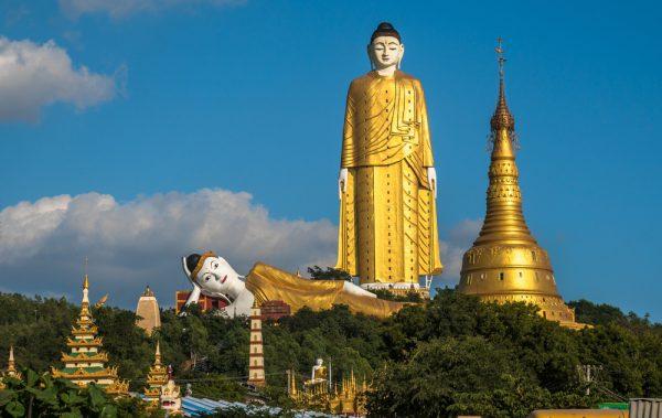 Laykyun Sekkya in Monywa: Der stehende Buddha ist der zweitgrößte der Welt.