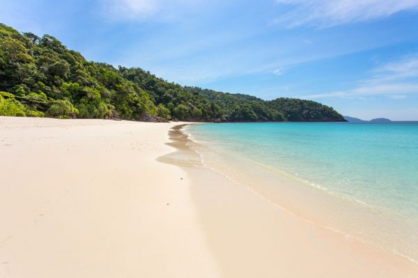 Strand in Myanmar - weniger los als in Thailand!