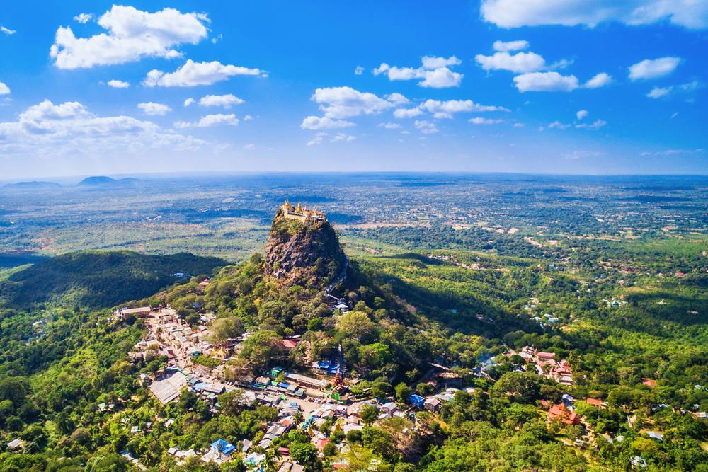 Myanmar Reisen: Ob Strand, Stadt, Landschaft oder Pagoden: Es gibt viel zu sehen! Hier: Mount Popa