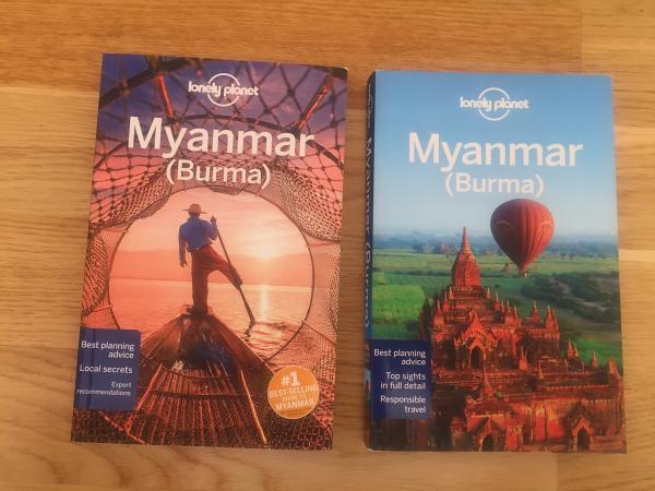 Links die 2018er Ausgabe, rechts die 2014er Ausgabe des Lonely Planet Myanmar.