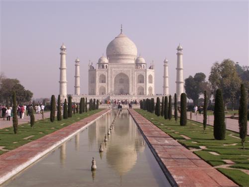 Taj Mahal in Agra (Copyright https://www.rajastan.de/taj-mahal-agra/)