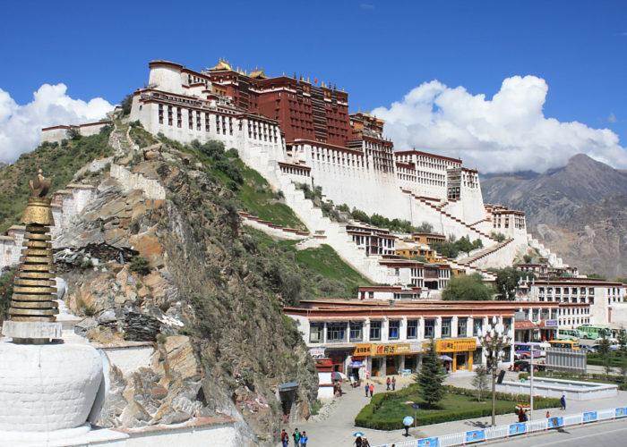 Der Potalla-Palast des Dalai Lama in Tibet – autonomer Teil von China.