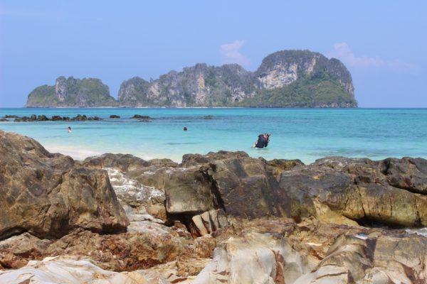 Die Insel Krabi in Thailand - türkisblaues Wasser!
