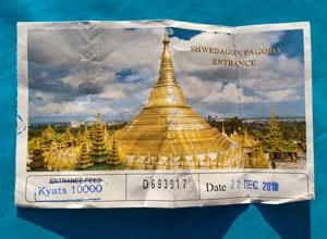 Shwedagon Pagode in der ehemaligen Hauptstadt Yangon